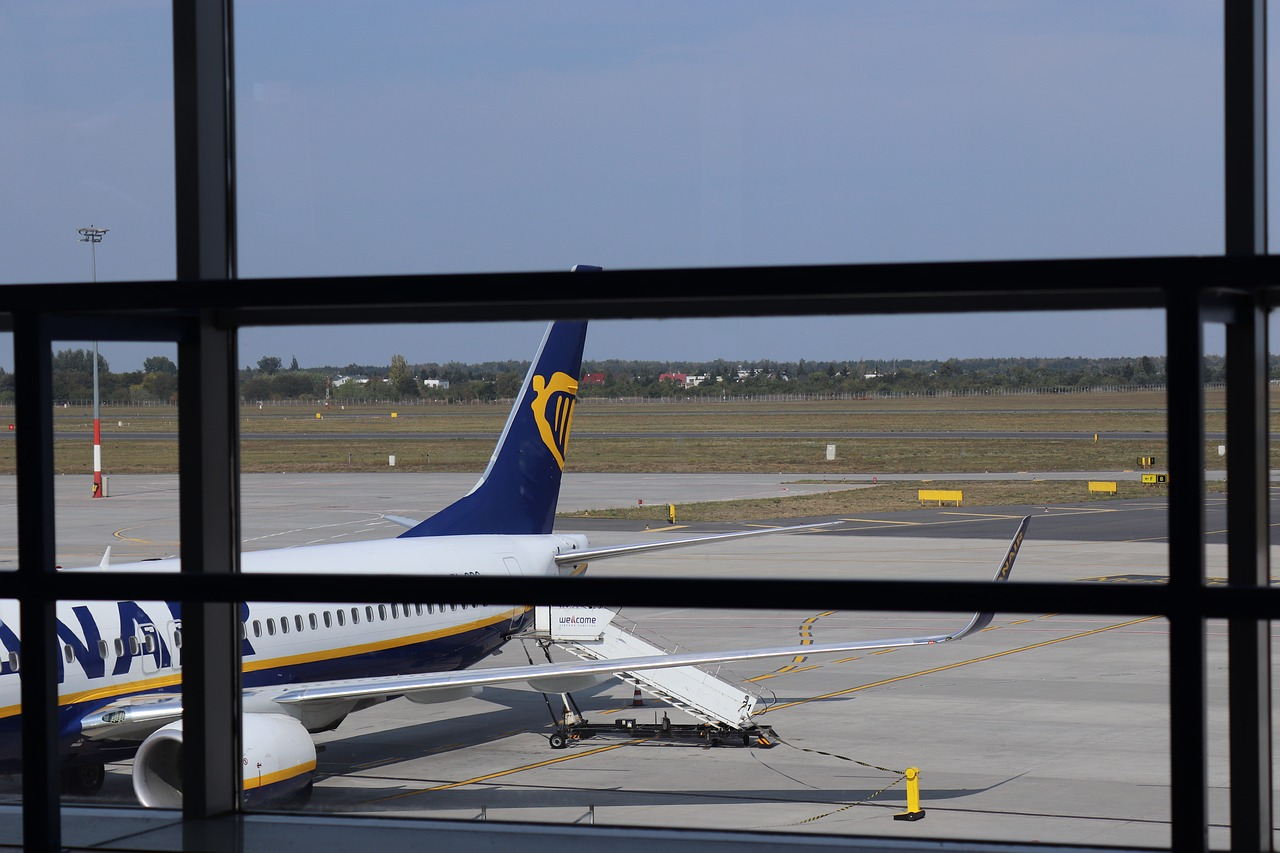 How To Get from Paris To Beauvais Airport